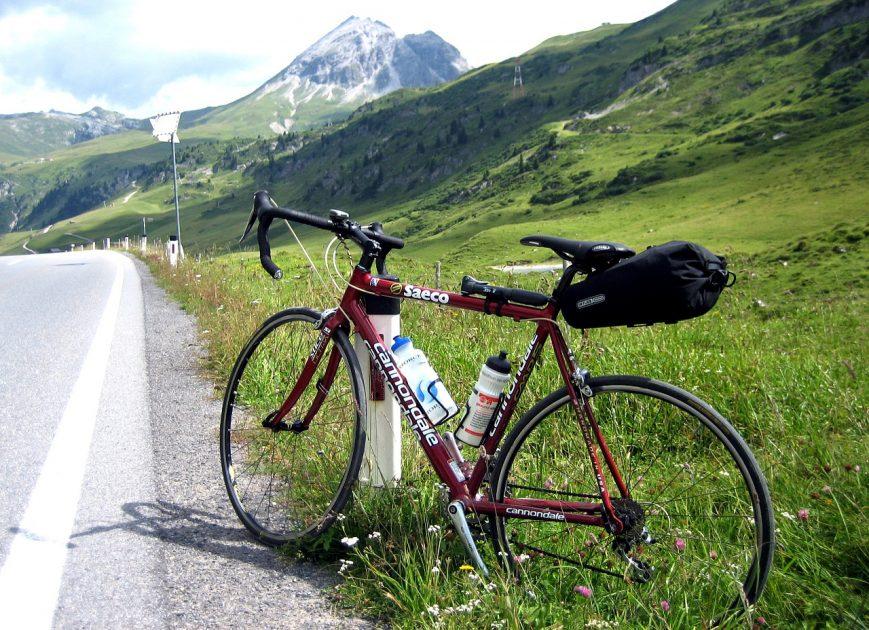 road-bike-761307_1280